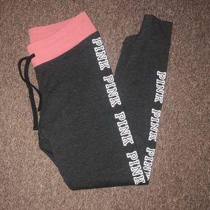 LIKE NEW VS Pink Logo Leggings